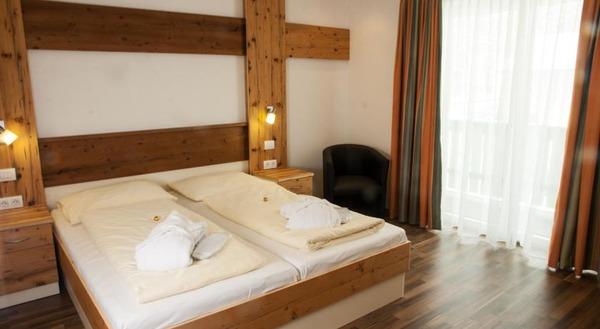 Zimmerplanung  Moderne, zeitlose und elegante Hotel Zimmer Planung und design für ...